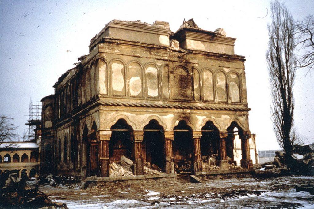 Biserica MV in timpul demolarii