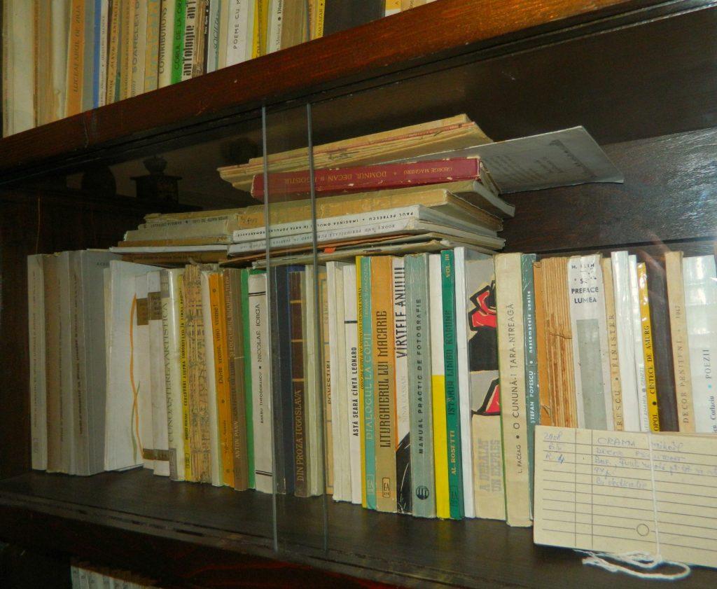 casa memorială Tudor Arghezi cărțile poetului