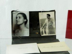 casa memorială Tudor Arghezi foto cu soția