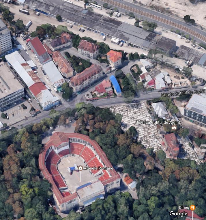 Vizavi de Arenele Romane se află ansamblul de locuințe proiectate în 1929 de arhitectul Statie Ciortan