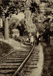 Linia ferată din Parcul Carol Sursa: Realitatea ilustrata, 23 Septembrie 1936