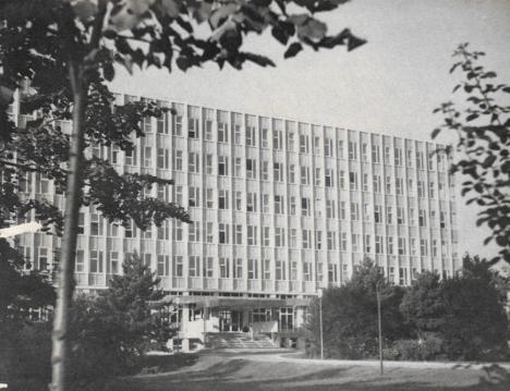 Bucureștiul în anul 1968 policlinica Vitan